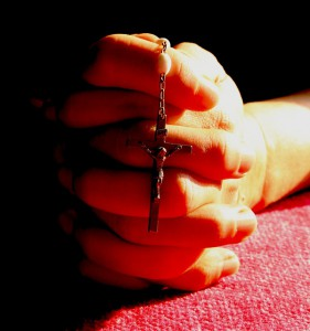 rosary-praying-hands